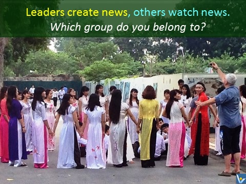 Leaders vs. Followers, leaders create news others watch newsm Vadim Kotelnikov photogram